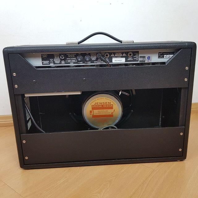 Amplificador Fender Deluxe Reverb - Foto 3