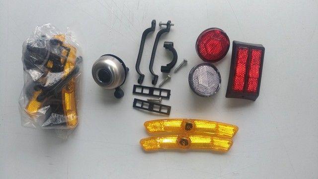 Kit de refletores e Campainha para bicicleta. - Foto 2