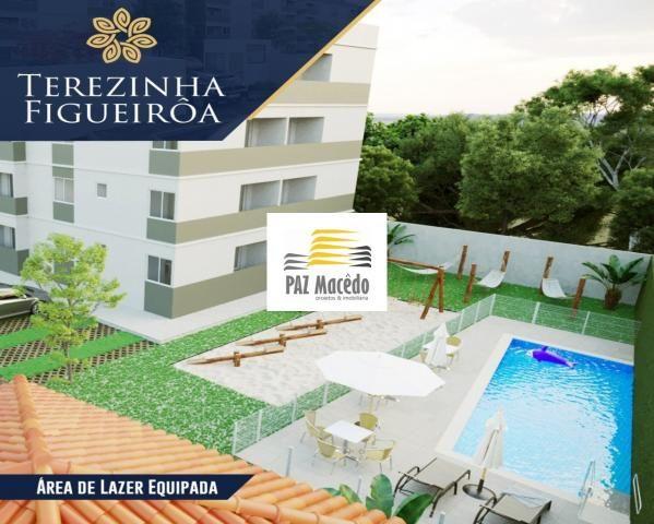 Apartamento com 02 quartos , com varanda e área de lazer completa em Olinda