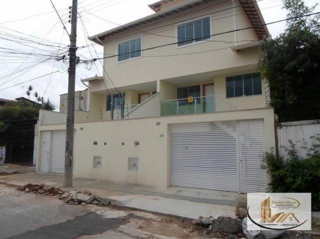 Casa com 3 dormitórios à venda por R$ 750.000 - Santa Mônica - Belo Horizonte/MG