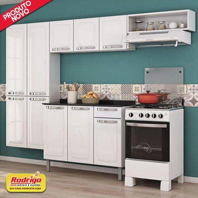 Cozinha Itatiaia Rose 7 Portas Aço e - Balcão com Tampo 3 Portas 1 Gaveta Branco
