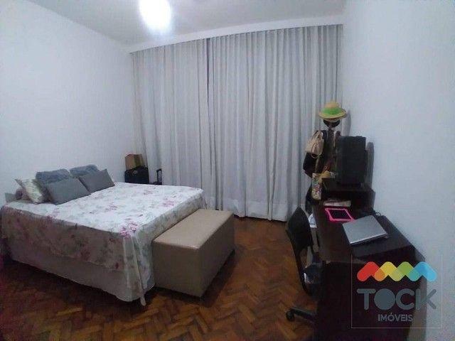 Alugo apartamento com três quartos, sendo um suíte, 150 m² - Barra - Salvador/BA - Foto 7