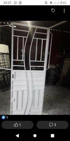Portas e janelas e churrasqueira - Foto 5