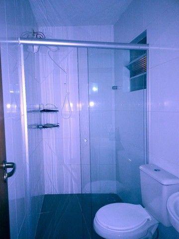 Apto com 2 banheiros - Foto 8