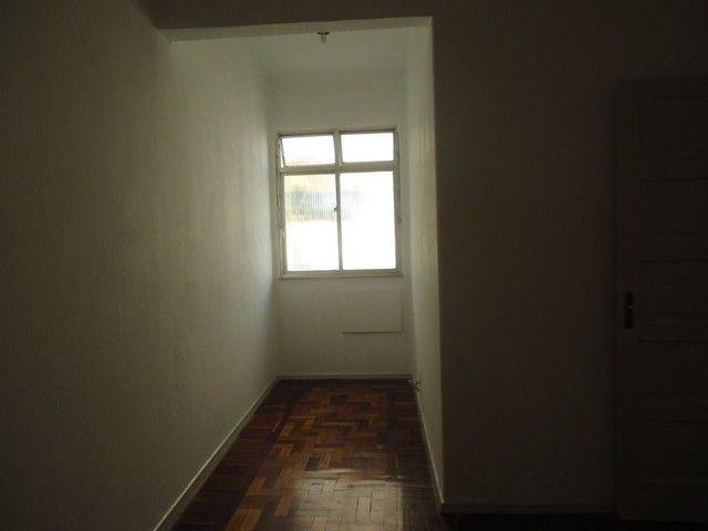 Apartamento com 2 dormitórios para alugar, 85 m² por R$ 1.000,00/mês - Centro - Niterói/RJ - Foto 13