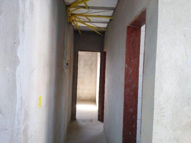 Apartamento 02 quartos Bancários com Varanda pé direito duplo Frente rua - Foto 8