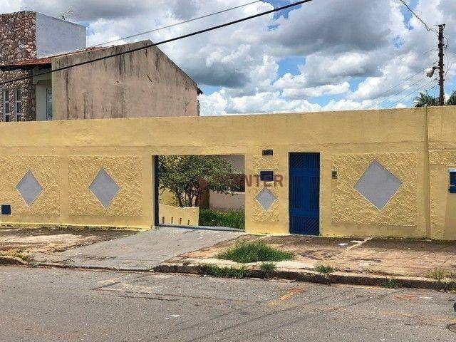 Casa com 4 dormitórios à venda, 230 m² por R$ 390.000,00 - Vila Viana - Goiânia/GO