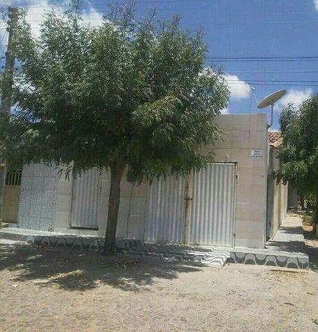 Vendo ou trocou essa casa localizada em Carnaubal-Ce - Foto 3
