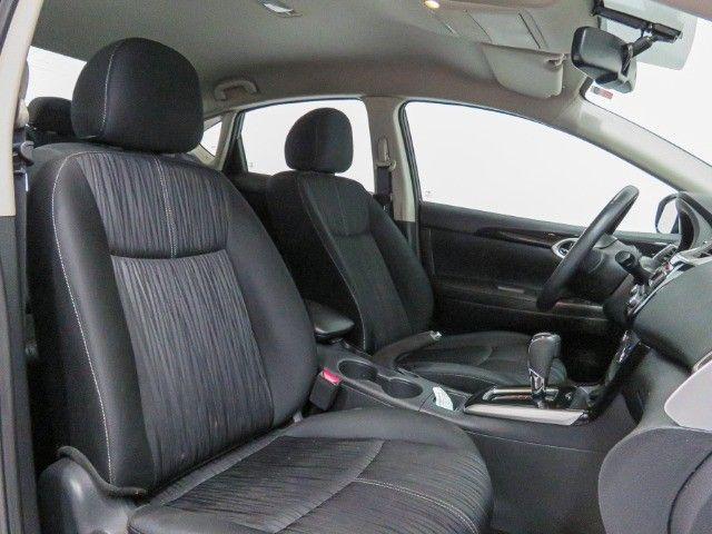 Nissan Sentra 2.0 S Flex Cambio CVT 2019 apenas 15.000 Km rodados  - Foto 13
