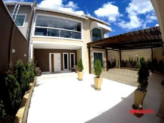 Casa duplex, 3 suítes, 5 vagas, projetada, mobiliada, casa nova, lago Jacarey
