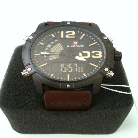 71068f43a66 Relógio Masculino Esportivo Militar Original À Prova de Água -Pampulha
