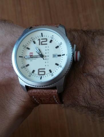 c7ecfbe8b09 Relógio Masculino De Pulso Naviforce Quartzo Pulseira couro ...