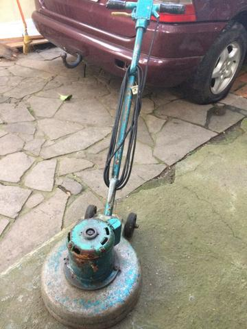 Máquina lava piso