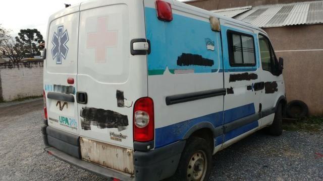Master 2011, furgão, lataria perfeita, azul é adesivo, reparos no motor, troco por guincho - Foto 2