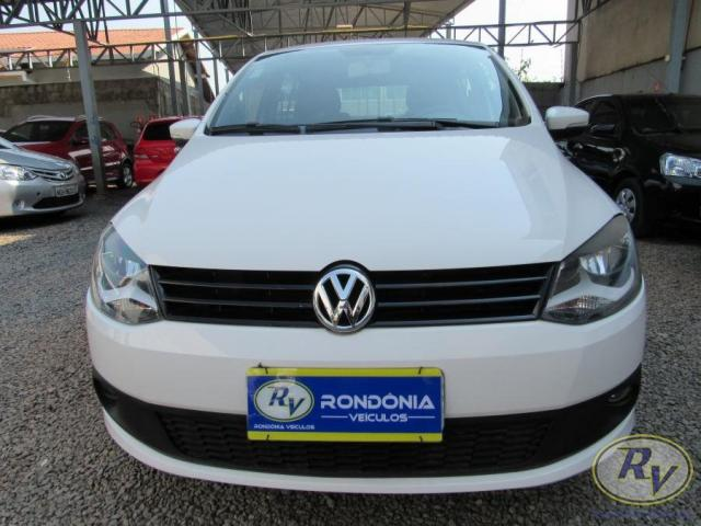 VOLKSWAGEN FOX 2014/2014 1.0 MI BLUEMOTION 8V FLEX 4P MANUAL - Foto 4