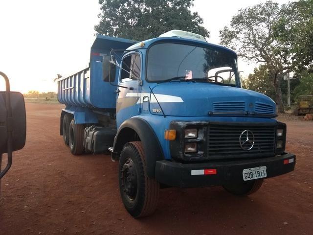 Caminhão 1519 basculante - Foto 5