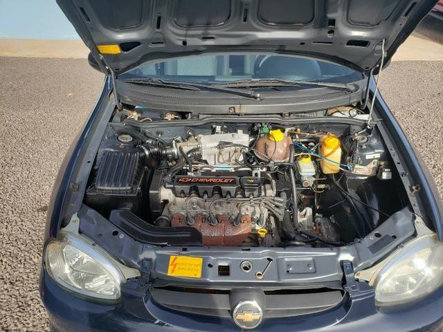 GM Corsa sedan 1.0 classic life - Foto 15