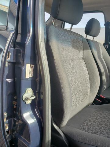 GM Corsa sedan 1.0 classic life - Foto 11