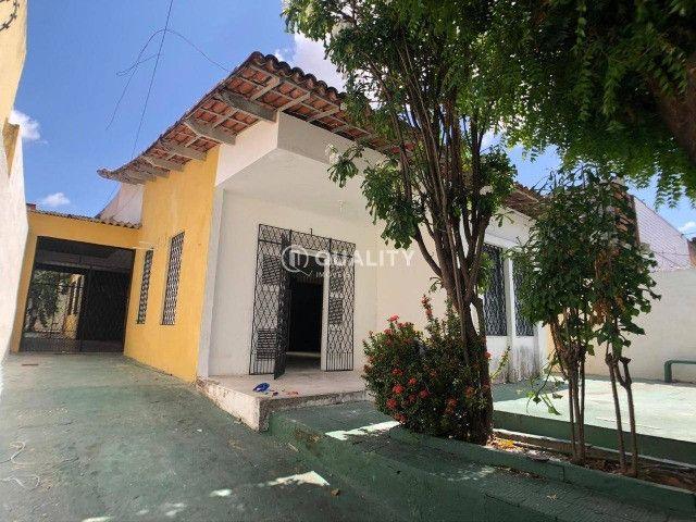 Casa Plana com 3 dormitórios à venda por R$ 610.000,00 - Amadeu Furtado - Fortaleza/CE - Foto 2