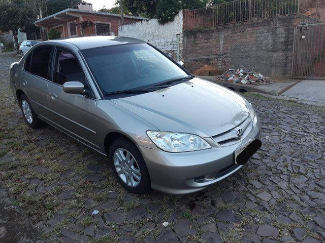 Honda Civic vendo ou troco por outro carro mais novo - Foto 2