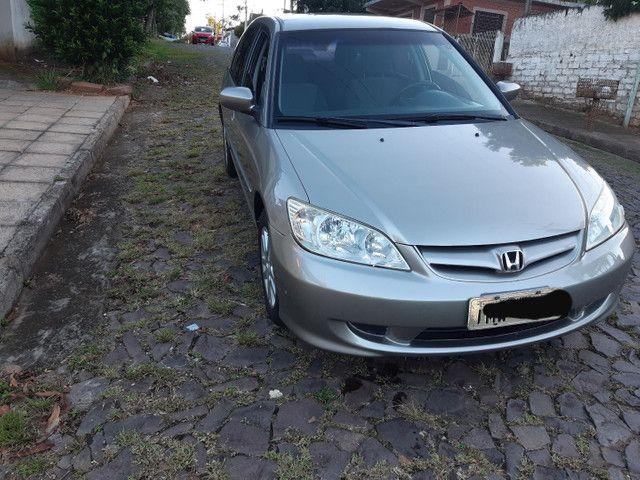 Honda Civic vendo ou troco por outro carro mais novo - Foto 10