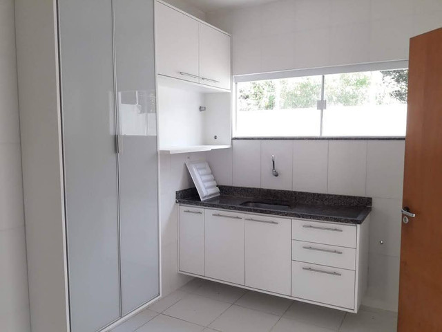 Casa Maravilhosa 4/4 em condomínio fechado na Praia de Buraquinho em Lauro de Freitas - Foto 9