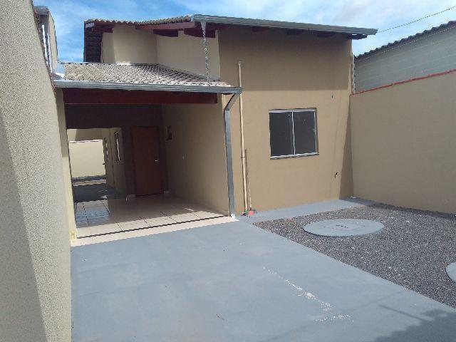 Casa 2 e 3/4 suite, px a Jaiara, ana Carolina e Adriana parque,entrada parcelada. anapolis
