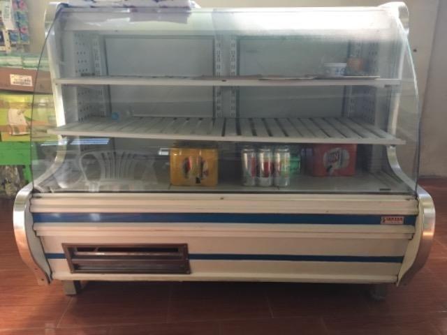 4 Balcão refrigerado e seco para comércio