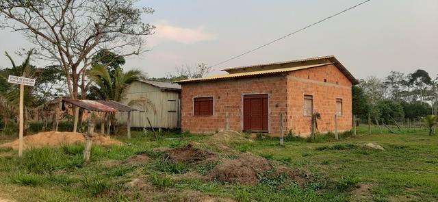 Casa recém construída medindo 8x10 no polo benfica