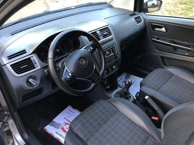 Volkswagen Fox Comfortline 1.0 (Flex) - Foto 8