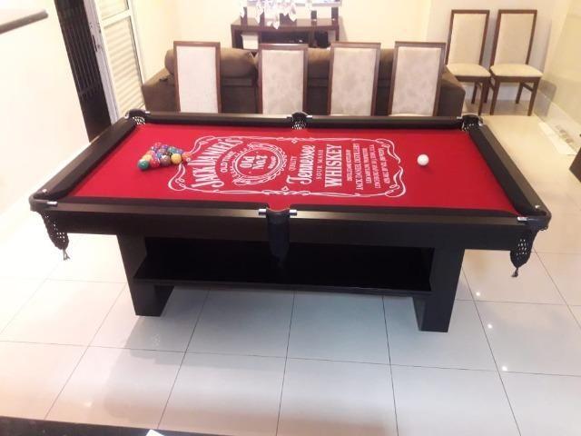 Mesa Encanto Janta   Mesa Preta   Tecido Vermelho   Jack Daniels   Modelo: DFPX7507