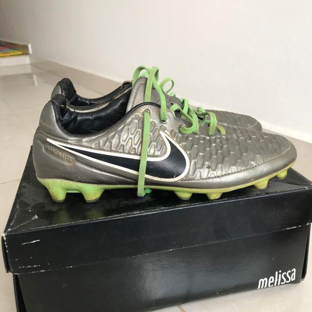 Vendo chuteira Nike Magista