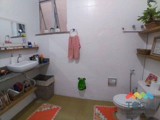 Alugo apartamento com três quartos, sendo um suíte, 150 m² - Barra - Salvador/BA - Foto 17