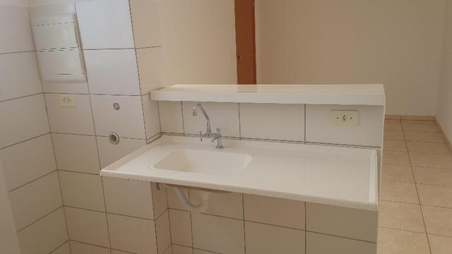 Apartamento para Locação em Uberlândia, Shopping Park, 2 dormitórios, 1 banheiro, 1 vaga