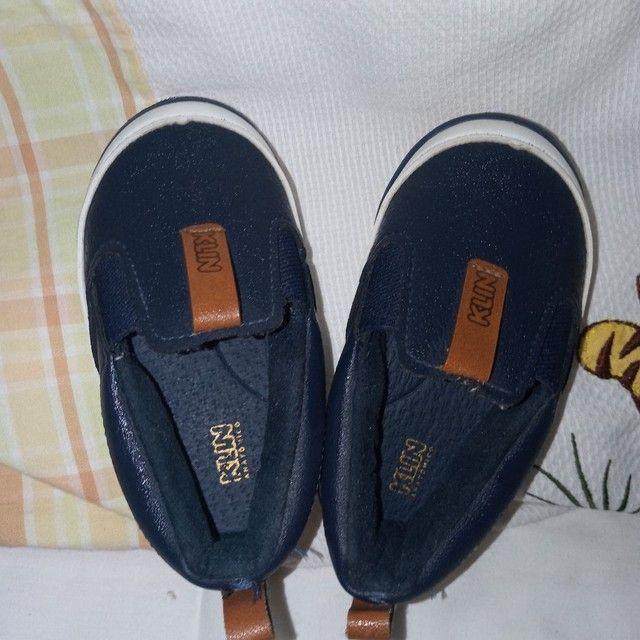 Sapatos e calça infantil - Foto 3