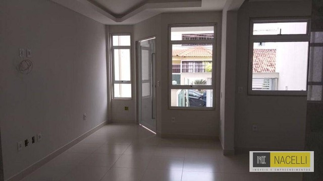Casa com 3 dormitórios à venda, 206 m² por R$ 725.000,00 - São João - Volta Redonda/RJ - Foto 3