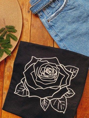 T-shirt / Camisas / Roupas  - Foto 3