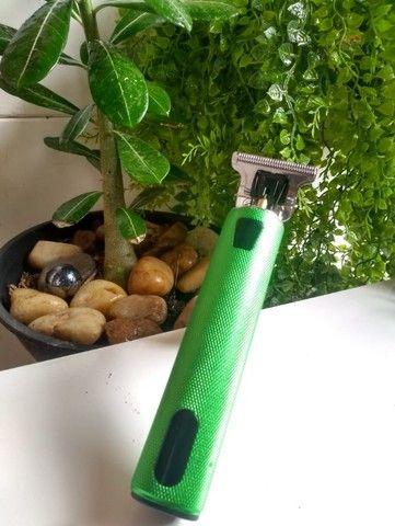 Máquina elétrica usb profissional para corte de Barba/Cabelo/Bigode - Foto 3