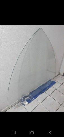 Tampo de vidro para mesa triangular  - Foto 2