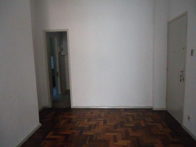 Apartamento com 2 dormitórios para alugar, 85 m² por R$ 1.000,00/mês - Centro - Niterói/RJ - Foto 14