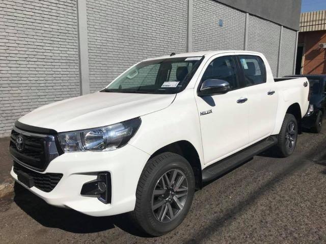 Toyota Hilux Srv 4x4 At 3 0 112 900 000 En Tucarro