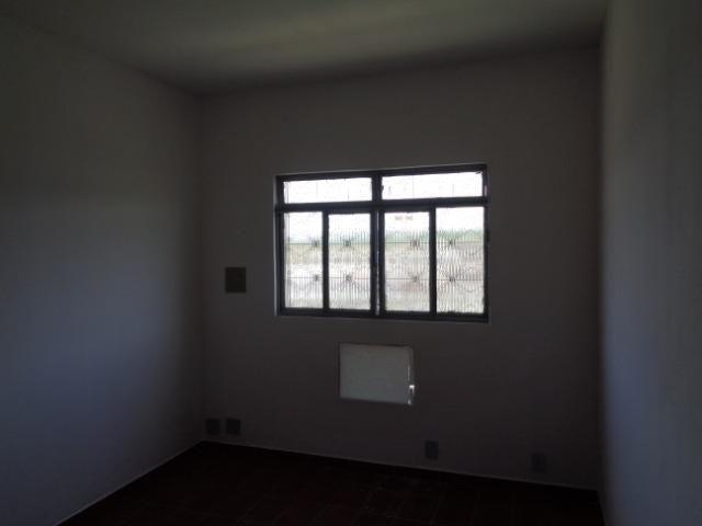 Alugo ótima casa no centro de Japeri - Foto 6