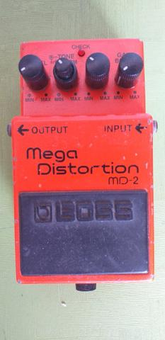 Pedal mega distortion