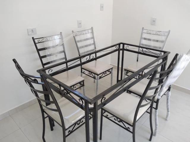 Mesa de jantar com 6 cadeira fabrica facosta moveis somente 10 x 168,00 - Foto 4
