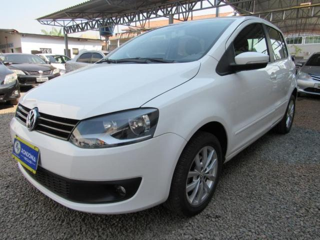 VOLKSWAGEN FOX 2014/2014 1.0 MI BLUEMOTION 8V FLEX 4P MANUAL - Foto 6