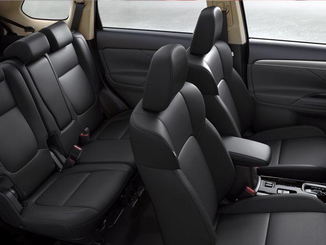 Mitsubishi Outlander HPE 2.0 160CV 7 Lugares Bco Couro Teto solar Conheça o Mit Fácil - Foto 4