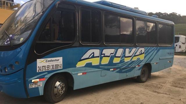 Micro-ônibus Agrale 2003 - Neobus Thunder - Executivo - 28 lugares