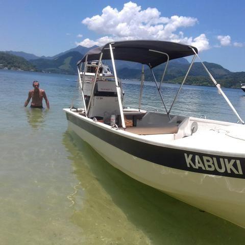 Barco de fibra 5,30 mts motor Mercury 40 hp partida eletrica - Foto 2