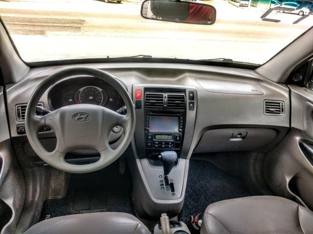 Vendo ou troco tucson automático com GNV banco de couro e multimídia - Foto 4