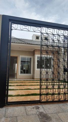 Vende-se casas novas no Lot. Siena, Bairro Esmeralda - entrada facilitada - Foto 3